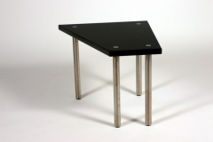 table002